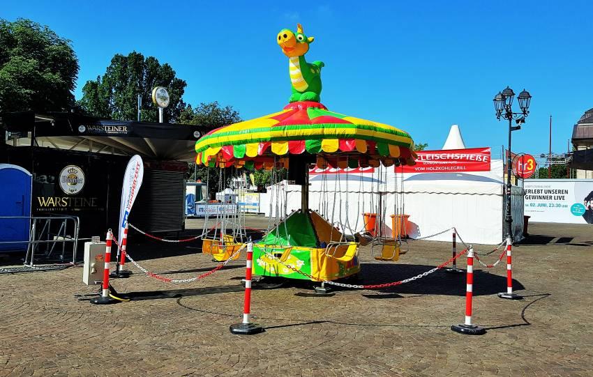 Kettenkarussell auf dem Schlossgrabenfest mieten in Darmstadt